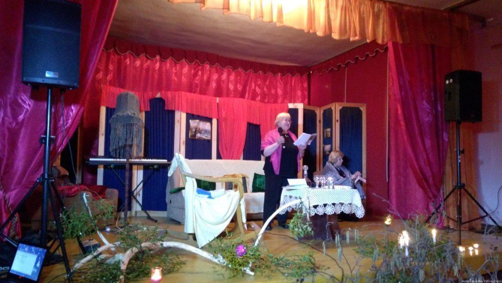 Poezja z teatrem w świetlicy wiejskiej